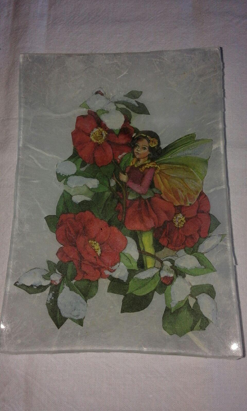 Bandeja de vidrio con tecnica de decoupage con composicion de flores